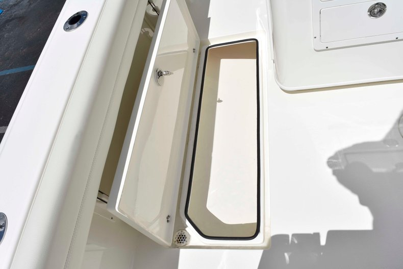 Thumbnail 22 for New 2019 Cobia 262 Center Console boat for sale in West Palm Beach, FL