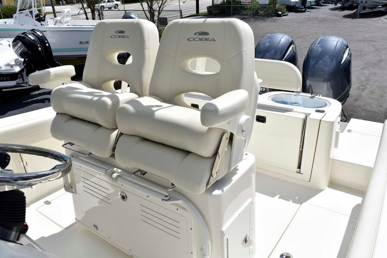 Thumbnail 31 for New 2019 Cobia 262 Center Console boat for sale in West Palm Beach, FL