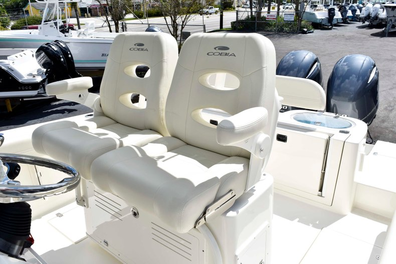 Thumbnail 32 for New 2019 Cobia 262 Center Console boat for sale in West Palm Beach, FL