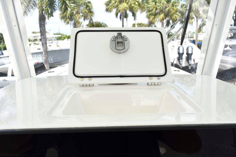 Thumbnail 54 for New 2019 Cobia 262 Center Console boat for sale in West Palm Beach, FL