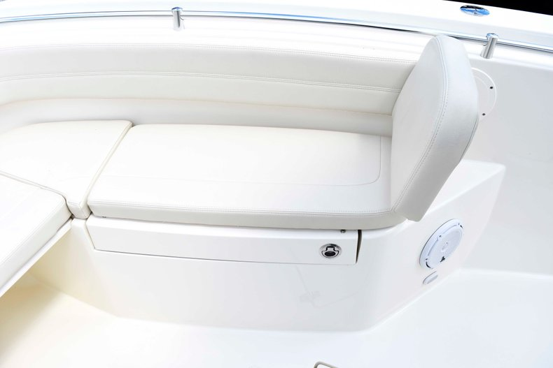 Image 69 for 2019 Cobia 262 Center Console in West Palm Beach, FL
