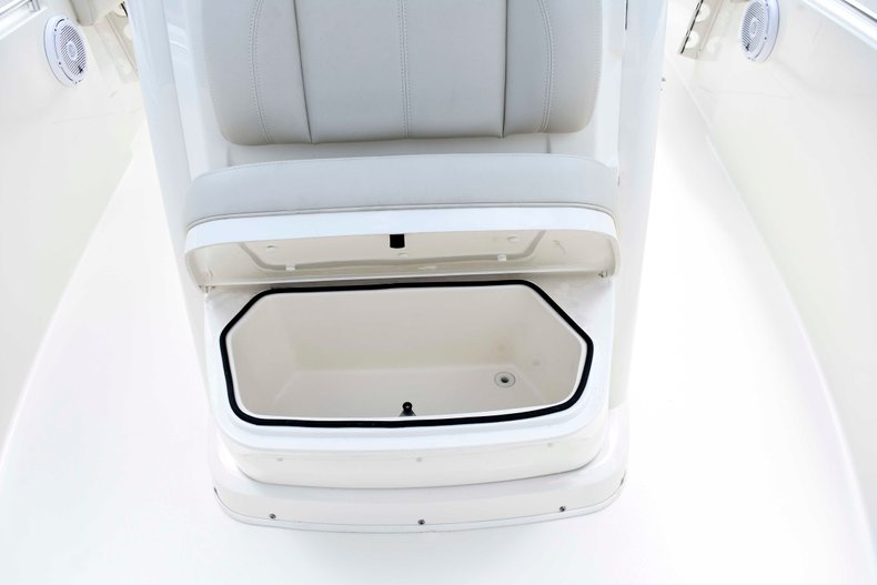 Image 78 for 2019 Cobia 262 Center Console in West Palm Beach, FL