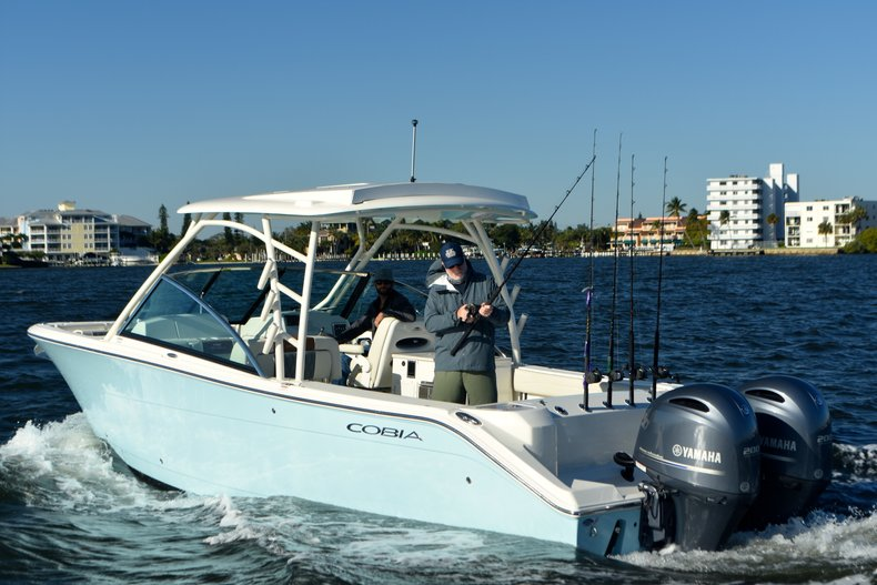 Image 0 for 2019 Cobia 280 DC Dual Console in West Palm Beach, FL