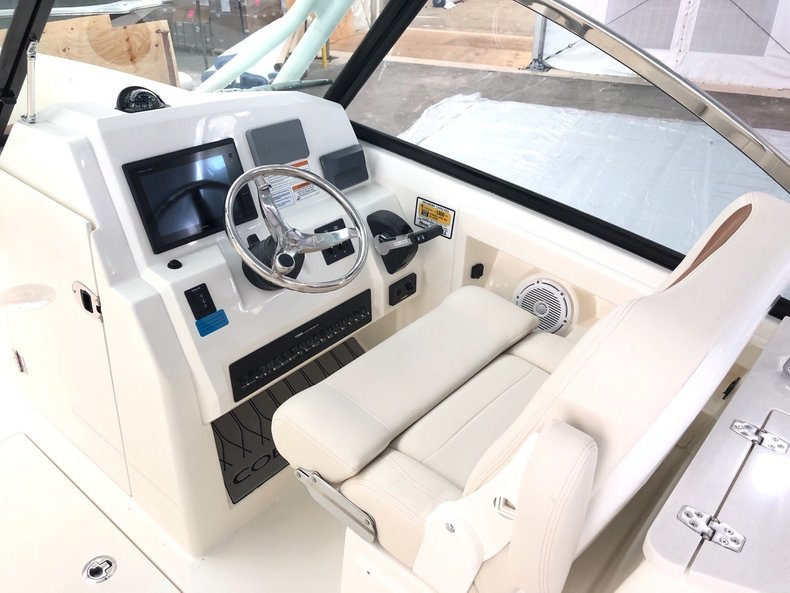 Thumbnail 4 for New 2019 Cobia 240 Dual Console boat for sale in West Palm Beach, FL