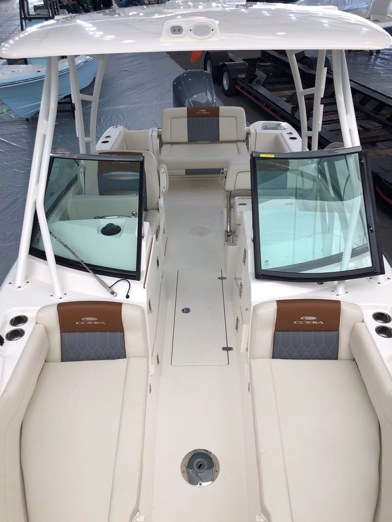 Thumbnail 5 for New 2019 Cobia 240 Dual Console boat for sale in West Palm Beach, FL