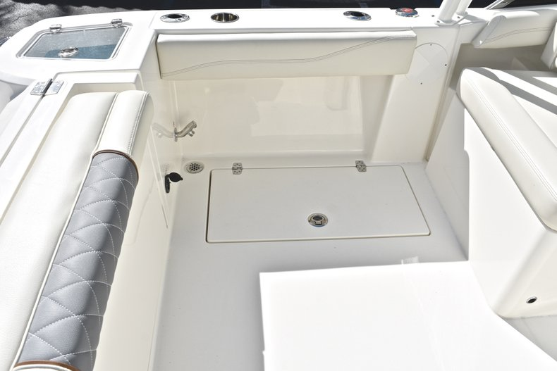 Thumbnail 21 for New 2019 Cobia 240 Dual Console boat for sale in Vero Beach, FL