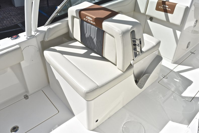 Thumbnail 33 for New 2019 Cobia 240 Dual Console boat for sale in Vero Beach, FL