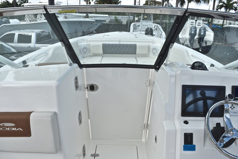 Thumbnail 58 for New 2019 Cobia 240 Dual Console boat for sale in Vero Beach, FL