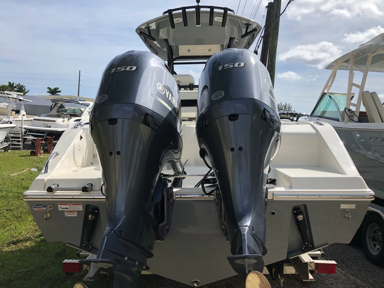Thumbnail 1 for New 2019 Cobia 261 Center Console boat for sale in West Palm Beach, FL