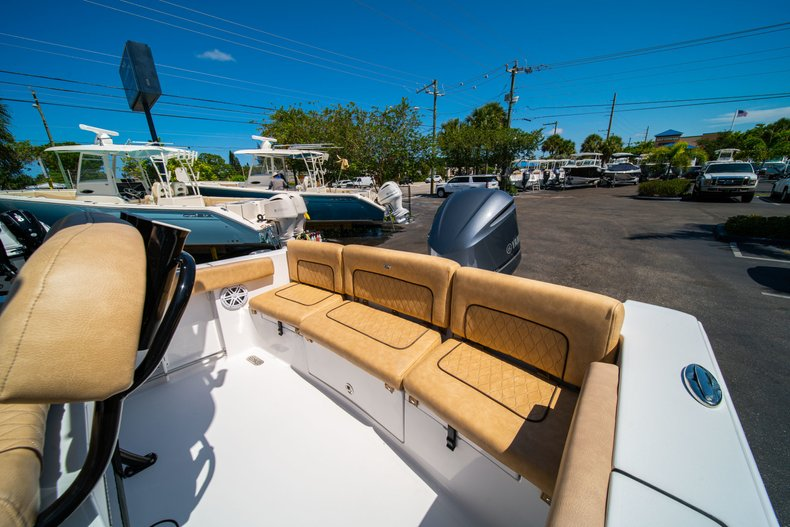 Thumbnail 13 for New 2019 Sportsman Heritage 231 Center Console boat for sale in West Palm Beach, FL
