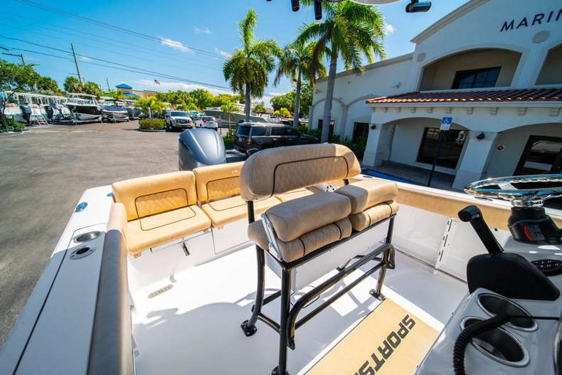 Thumbnail 29 for New 2019 Sportsman Heritage 231 Center Console boat for sale in West Palm Beach, FL