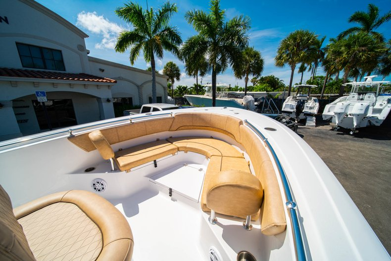 Thumbnail 33 for New 2019 Sportsman Heritage 231 Center Console boat for sale in West Palm Beach, FL