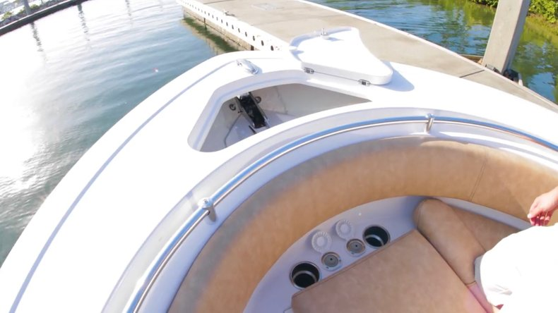 Thumbnail 15 for New 2019 Sportsman Open 312 Center Console boat for sale in West Palm Beach, FL