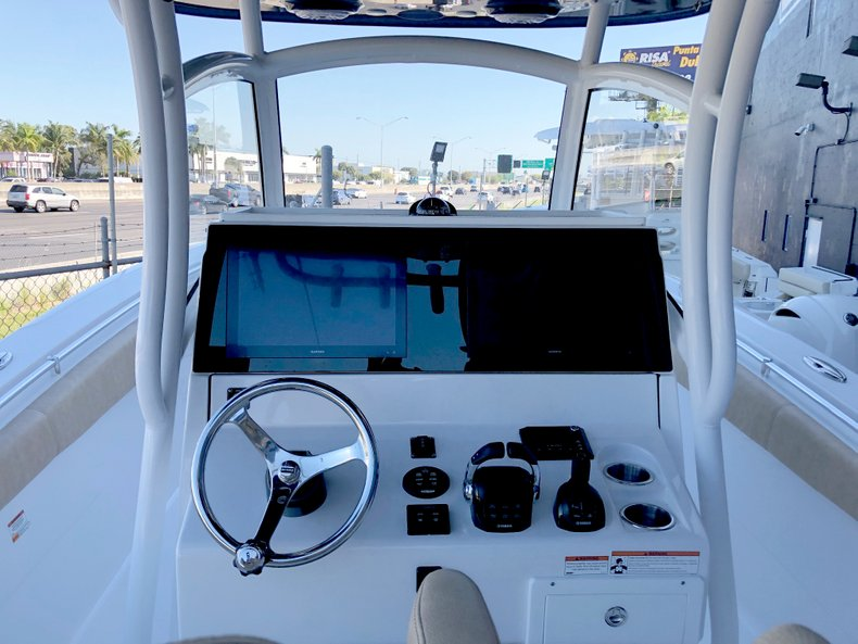 Thumbnail 7 for New 2019 Sportsman Open 312 Center Console boat for sale in West Palm Beach, FL
