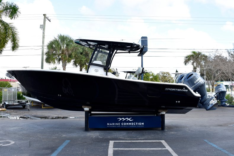 Thumbnail 4 for New 2019 Sportsman Heritage 251 Center Console boat for sale in West Palm Beach, FL