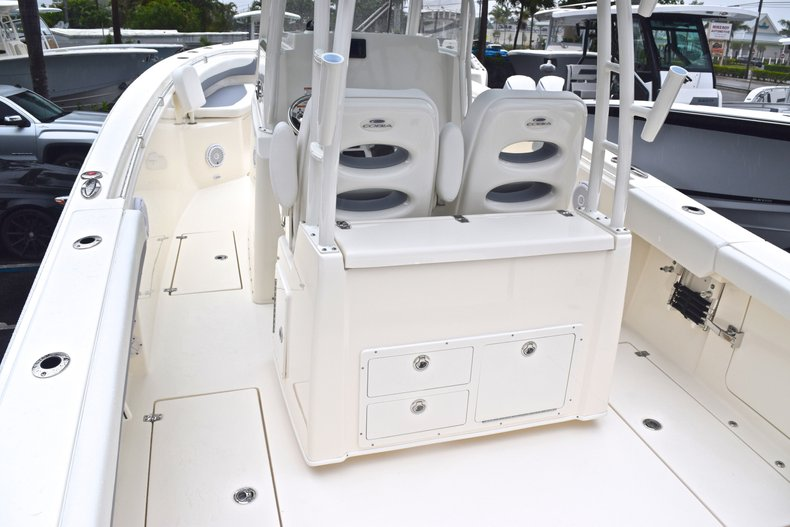 Thumbnail 10 for New 2019 Cobia 301 CC Center Console boat for sale in Miami, FL