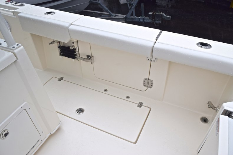 Thumbnail 21 for New 2019 Cobia 301 CC Center Console boat for sale in Miami, FL