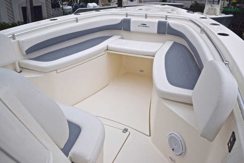 Thumbnail 61 for New 2019 Cobia 301 CC Center Console boat for sale in Miami, FL