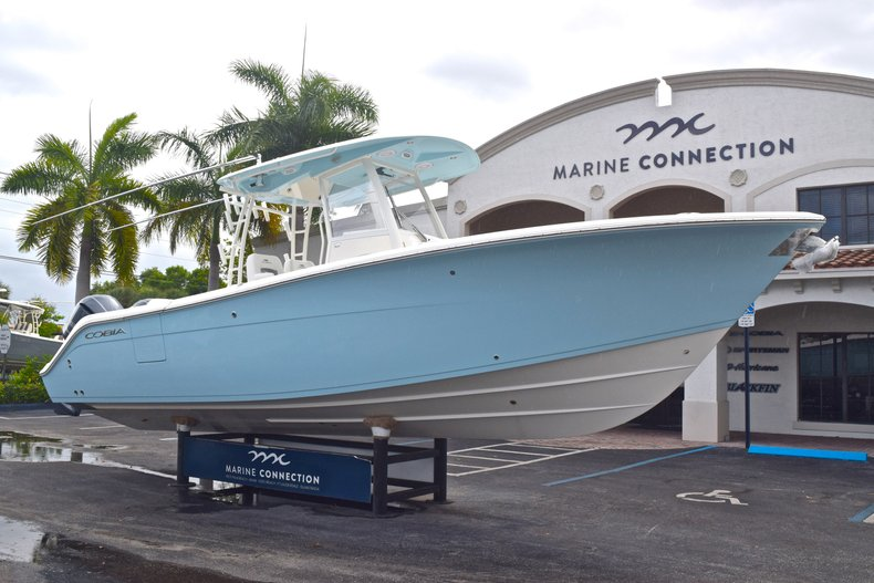 Thumbnail 1 for New 2019 Cobia 301 CC Center Console boat for sale in Vero Beach, FL