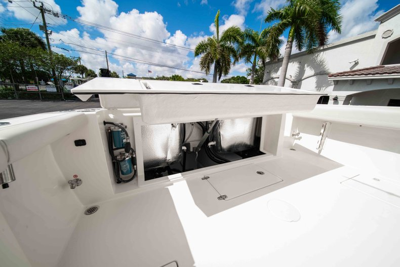 Thumbnail 13 for New 2019 Cobia 320 Center Console boat for sale in West Palm Beach, FL