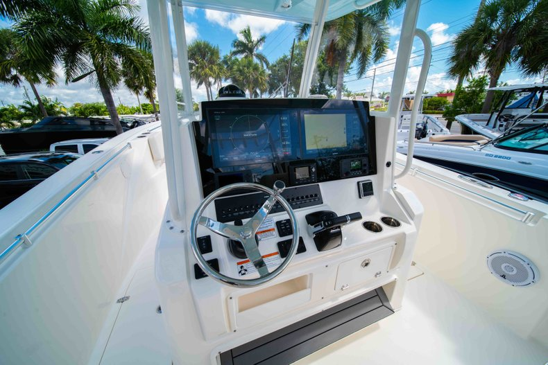 Thumbnail 24 for New 2019 Cobia 320 Center Console boat for sale in West Palm Beach, FL