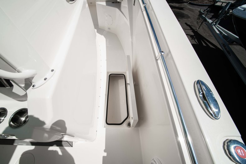 Thumbnail 29 for New 2019 Cobia 320 Center Console boat for sale in West Palm Beach, FL