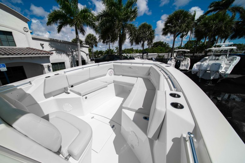 Thumbnail 30 for New 2019 Cobia 320 Center Console boat for sale in West Palm Beach, FL