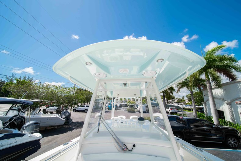 Thumbnail 42 for New 2019 Cobia 320 Center Console boat for sale in West Palm Beach, FL