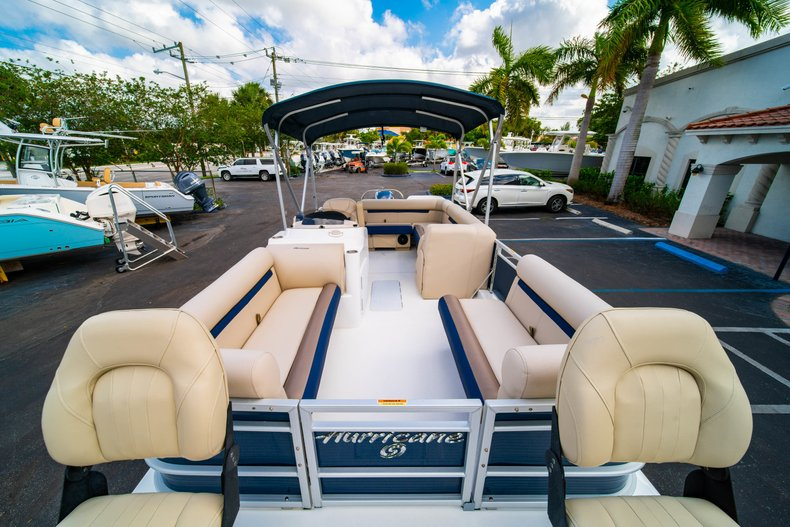 Thumbnail 27 for New 2019 Hurricane FunDeck FD 226 OB boat for sale in West Palm Beach, FL