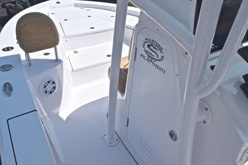 Thumbnail 39 for New 2019 Sportsman Masters 227 Bay Boat boat for sale in Vero Beach, FL