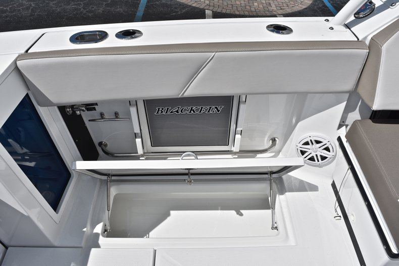 Thumbnail 20 for New 2019 Blackfin 272DC Dual Console boat for sale in West Palm Beach, FL