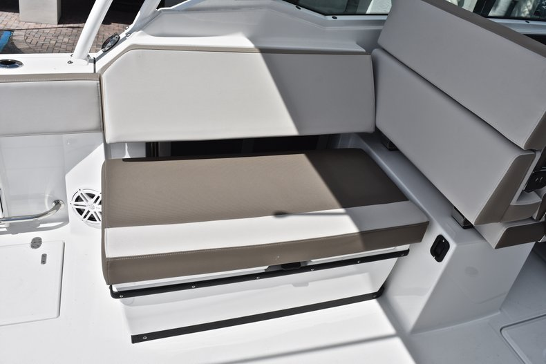 Thumbnail 35 for New 2019 Blackfin 272DC Dual Console boat for sale in West Palm Beach, FL