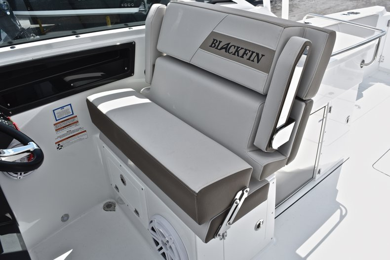 Thumbnail 38 for New 2019 Blackfin 272DC Dual Console boat for sale in West Palm Beach, FL