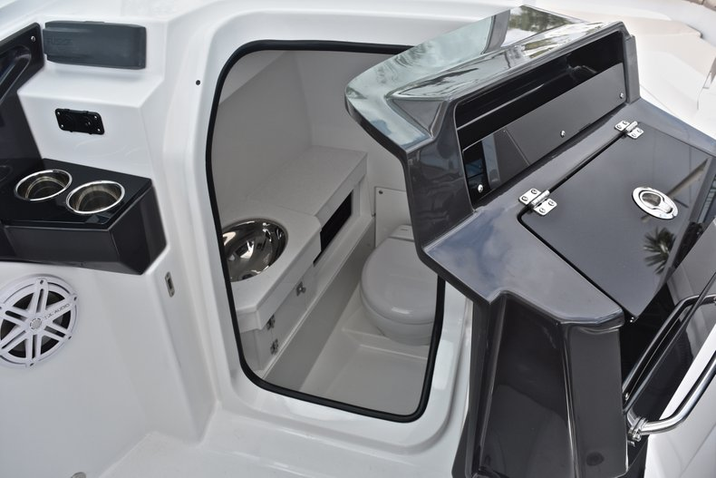 Thumbnail 61 for New 2019 Blackfin 272DC Dual Console boat for sale in West Palm Beach, FL
