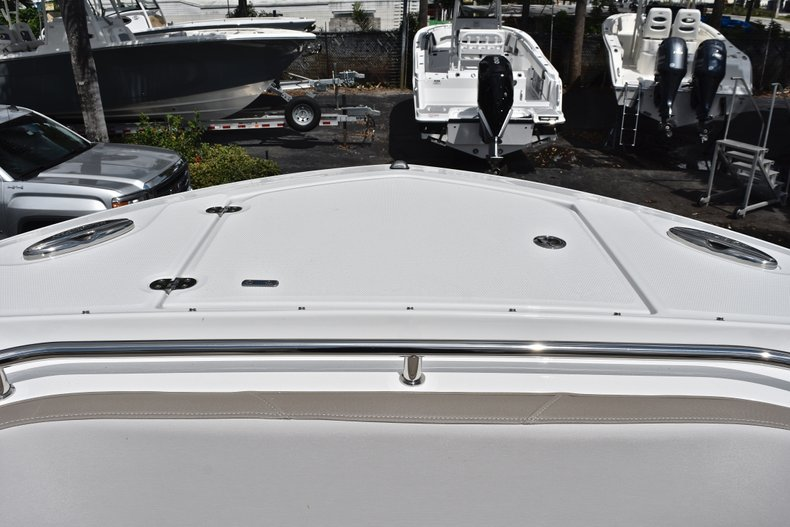 Thumbnail 75 for New 2019 Blackfin 272DC Dual Console boat for sale in West Palm Beach, FL