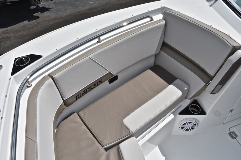 Thumbnail 71 for New 2019 Blackfin 272DC Dual Console boat for sale in West Palm Beach, FL