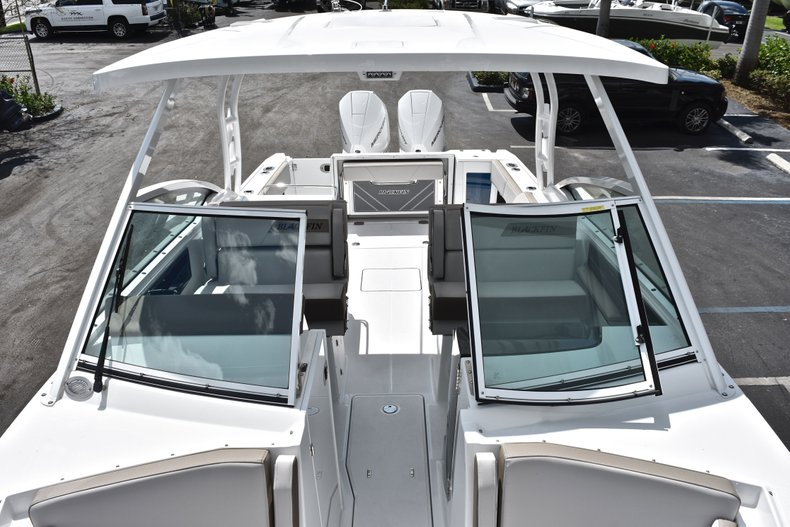 Thumbnail 73 for New 2019 Blackfin 272DC Dual Console boat for sale in West Palm Beach, FL