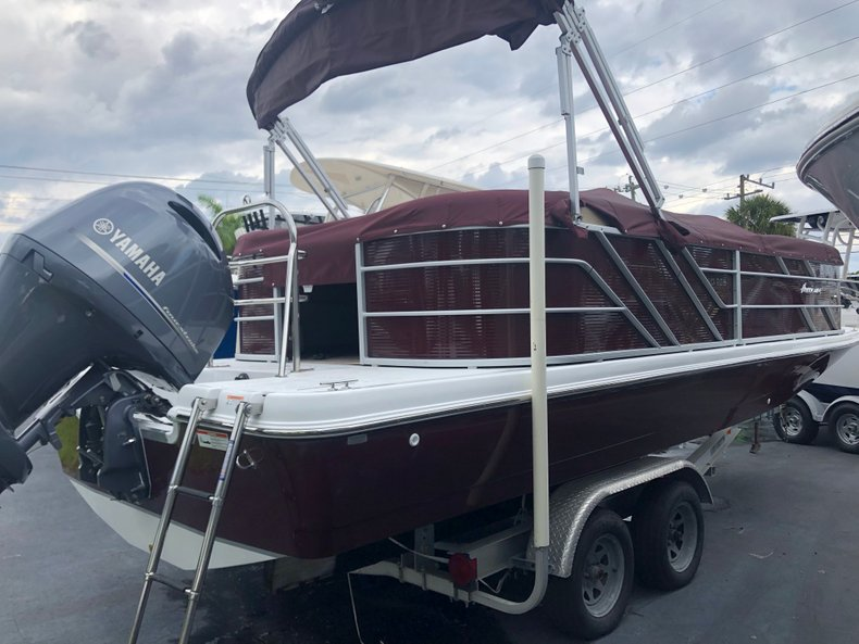 Photo for 2019 Hurricane FunDeck FD 236SB