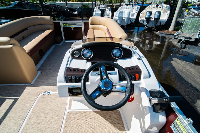 Thumbnail 12 for New 2019 Hurricane FunDeck FD 236SB boat for sale in West Palm Beach, FL