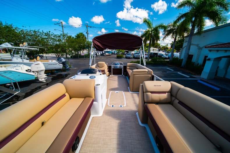 Thumbnail 20 for New 2019 Hurricane FunDeck FD 236SB boat for sale in West Palm Beach, FL