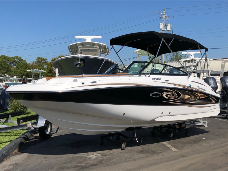 Thumbnail 1 for New 2019 Hurricane SunDeck SD 2200 OB boat for sale in West Palm Beach, FL