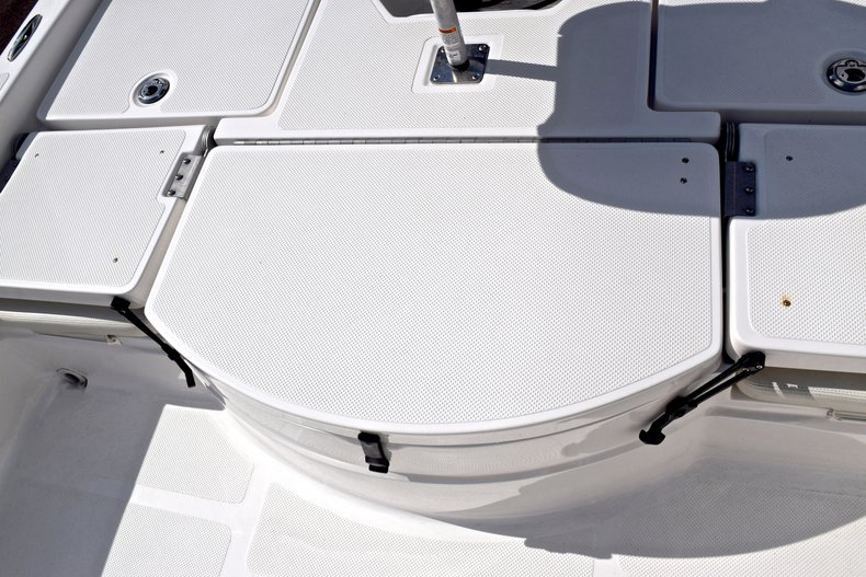 Thumbnail 19 for Used 2012 Skeeter ZX 22 Bay boat for sale in West Palm Beach, FL
