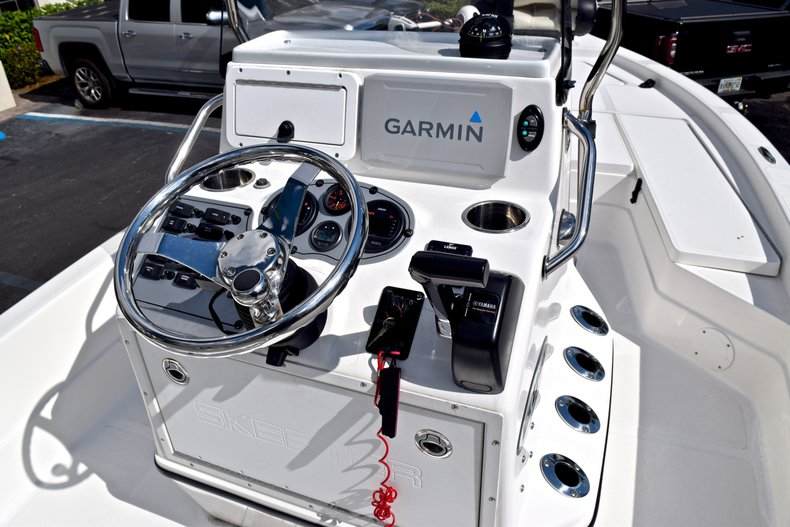 Thumbnail 26 for Used 2012 Skeeter ZX 22 Bay boat for sale in West Palm Beach, FL
