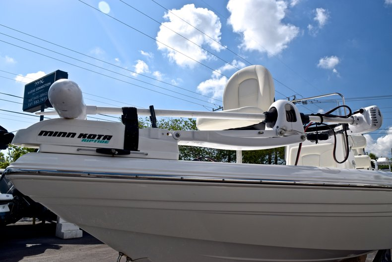 Thumbnail 3 for Used 2012 Skeeter ZX 22 Bay boat for sale in West Palm Beach, FL