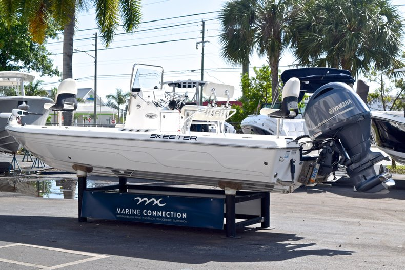 Thumbnail 6 for Used 2012 Skeeter ZX 22 Bay boat for sale in West Palm Beach, FL