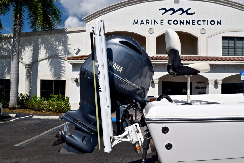Thumbnail 11 for Used 2012 Skeeter ZX 22 Bay boat for sale in West Palm Beach, FL