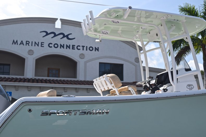 Thumbnail 8 for New 2019 Sportsman Heritage 231 Center Console boat for sale in Vero Beach, FL