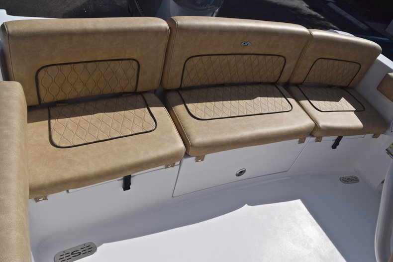 Thumbnail 10 for New 2019 Sportsman Heritage 231 Center Console boat for sale in Vero Beach, FL