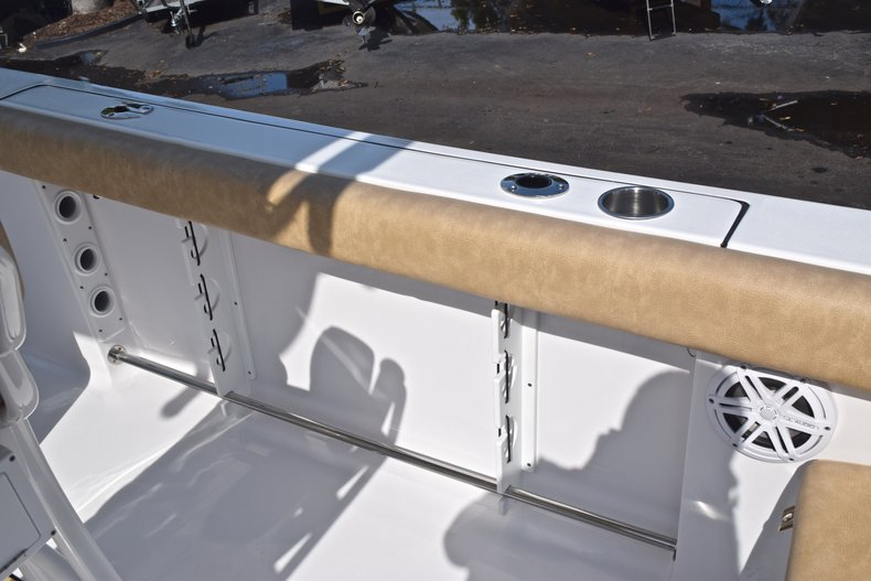 Thumbnail 17 for New 2019 Sportsman Heritage 231 Center Console boat for sale in Vero Beach, FL