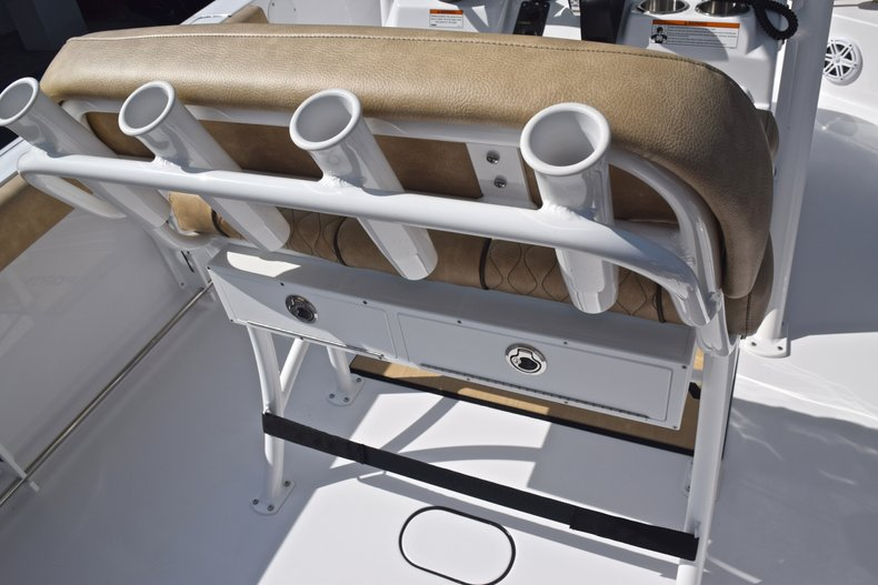 Thumbnail 19 for New 2019 Sportsman Heritage 231 Center Console boat for sale in Vero Beach, FL